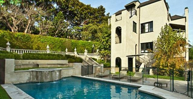 Katy-Perry-and-Russell-Brand-Home-600x399