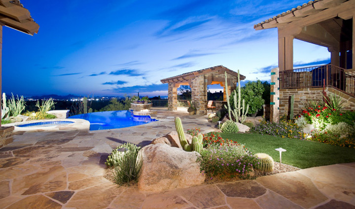Outdoor Living with Views