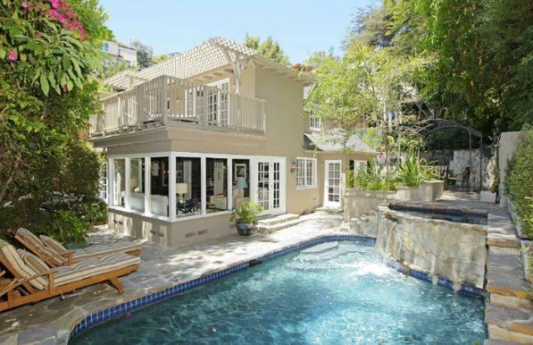 Screenwriter Dan Harris Lists Hollywood Home