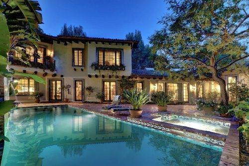 Johnny Depp Buys Home in Hollywood Hills for Ex