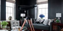 0510-Kelli06-telescope-black-room-de