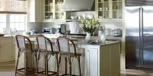 item1.rendition.slideshowWideHorizontal.white-kitchens-02