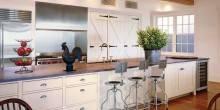 item12.rendition.slideshowWideHorizontal.white-kitchens-13
