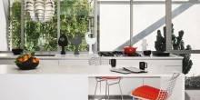item13.rendition.slideshowWideHorizontal.white-kitchens-14