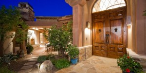 Front-Door-and-Outdoor-Dining-700x350