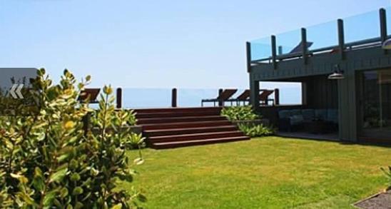 beachfront-property