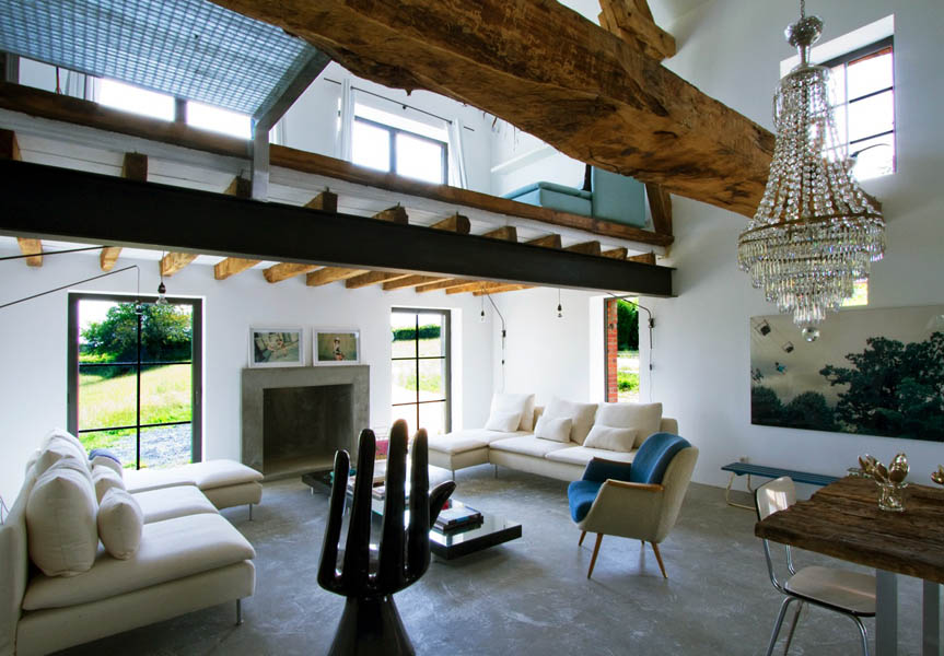 rustic barn home design trend on the rise. Black Bedroom Furniture Sets. Home Design Ideas