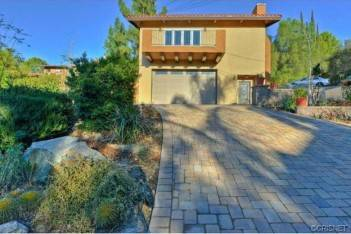 3532 Mesquite Drive located in Calabasas Highlands