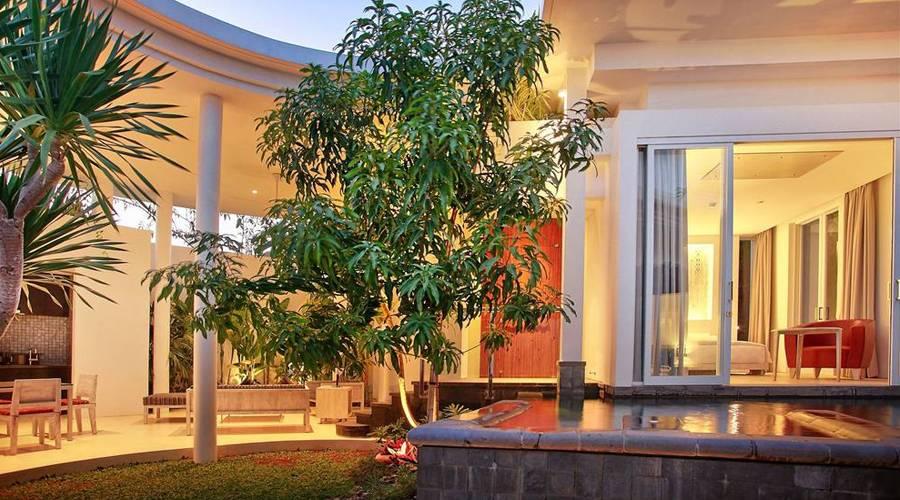 luxury-villa