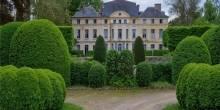 Catherine Deneuve Chateau Front
