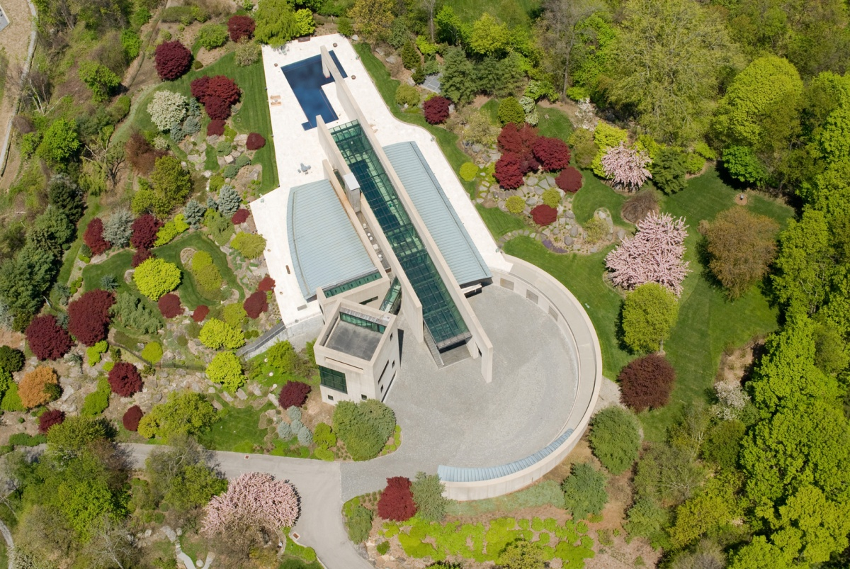 Connecticut Glass Bridge to Private Tower