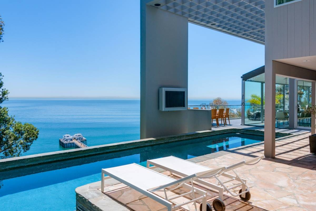Matthew Perry's Malibu Contemporary