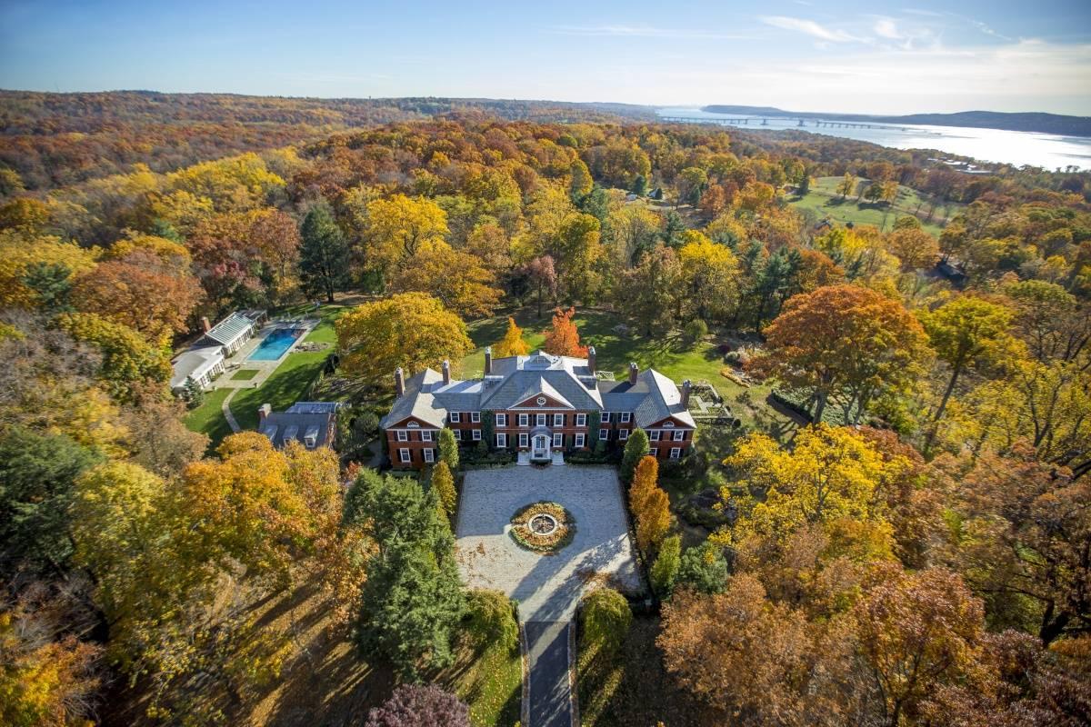 NY Sleepy Hollow Mansion