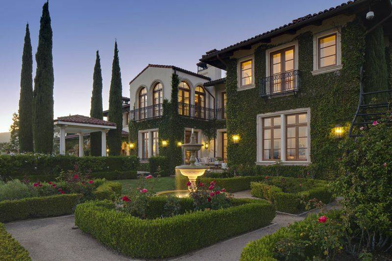 Heidi Klum Romantic Villa