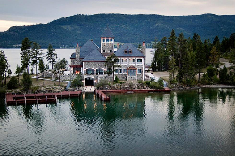 Montana Lake Island Compound