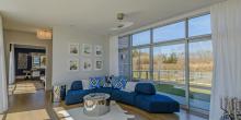 Chic Modern Barn in Hamptons