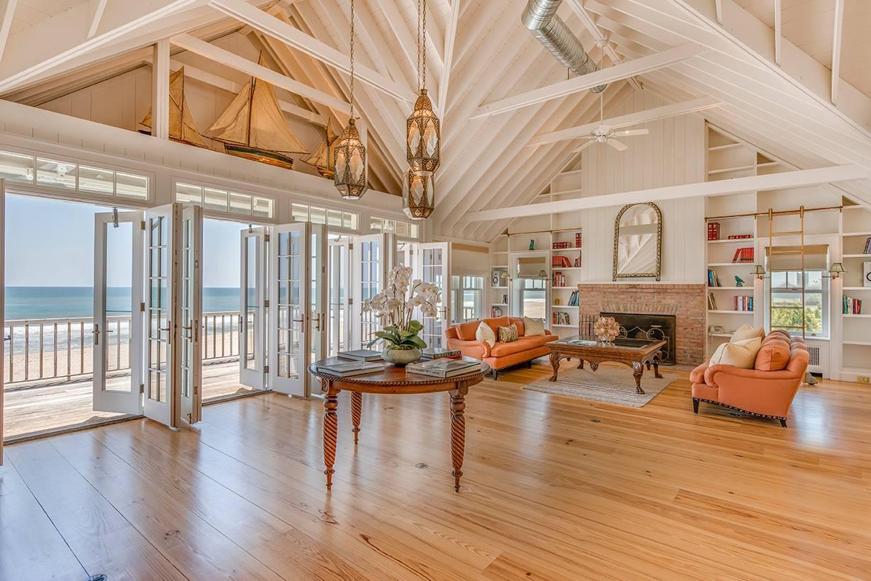 Billy Joel's Hamptons Beach Home