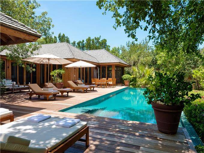 Christie Brinkley's Turks and Caicos Home