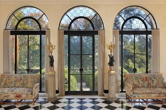 3 interior windows