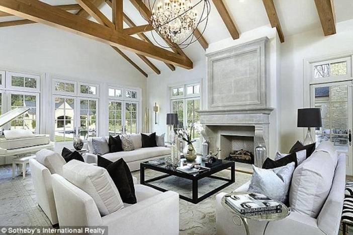 Kimye Living Room