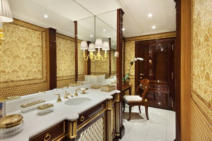 3_Ornate Bathroom