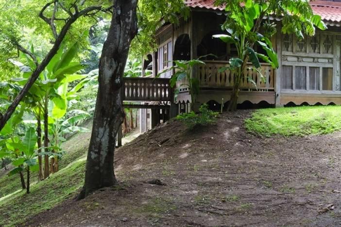 6_PB_Hillside Hut