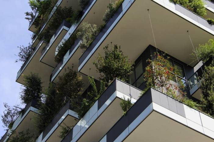 8_bosco-verticale_staggered balconies