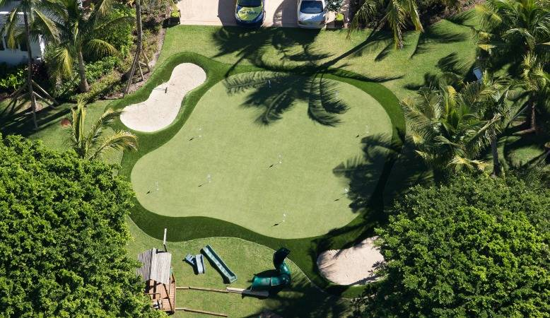 Nordegren's mansion features a putting green.