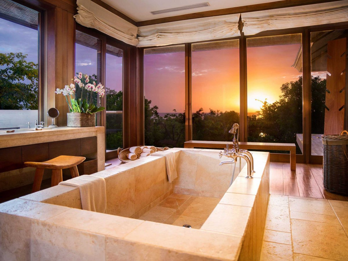you-can-have-a-nice-relaxing-soak-as-the-sun-sets