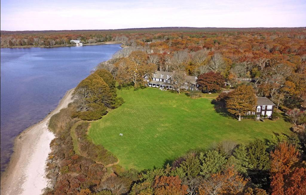 According to Curbed, The 11.2-acre property on Georgica Pond has already been subdivided into 7.5 and 3.7-acre parcels.