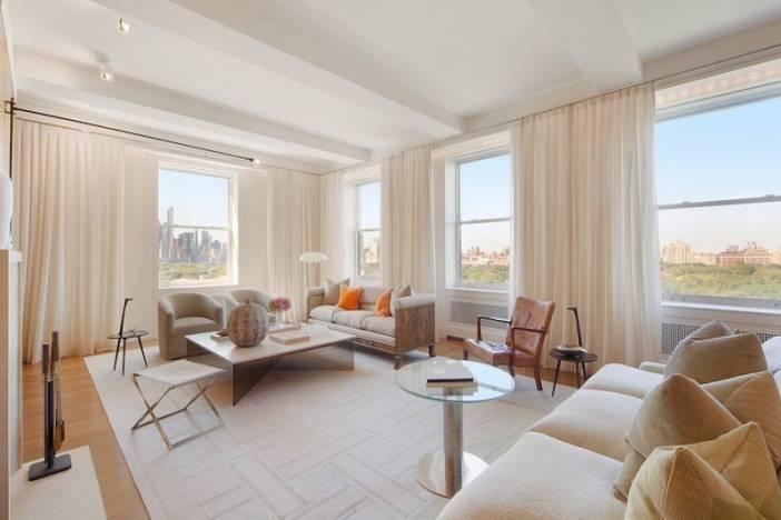 1_Blau_FEAT_Living Room