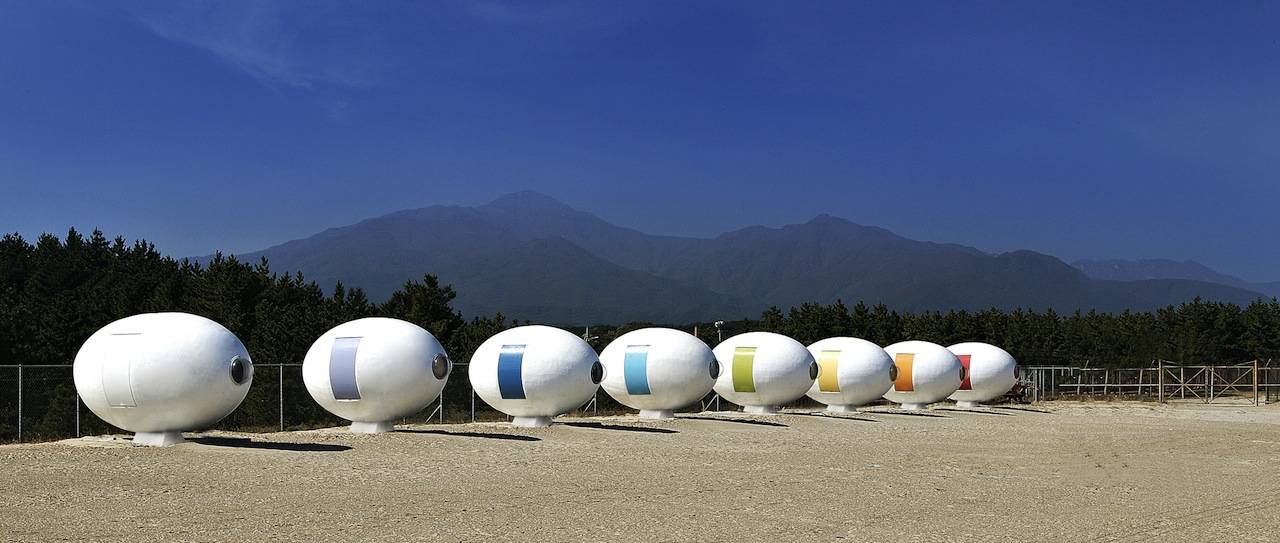 Yoon Space Design's egg-shaped beach pod