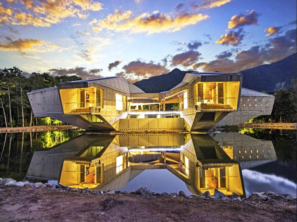Charles Wright's self-sufficient Alkira House in Northern Australia on sale for $15 million
