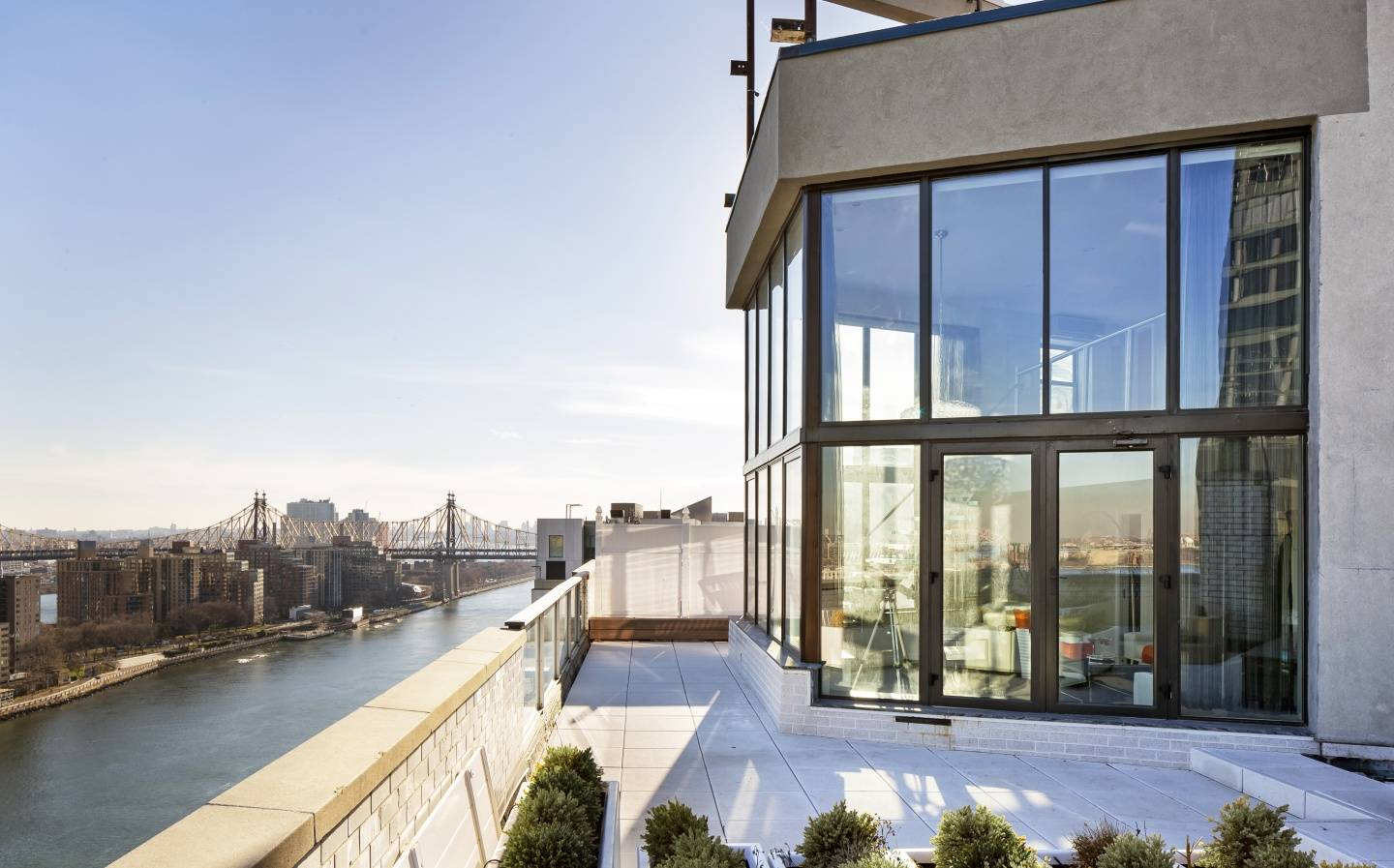5 extraordinary homes featuring frank sinatra 39 s recently for Manhattan mansions for sale