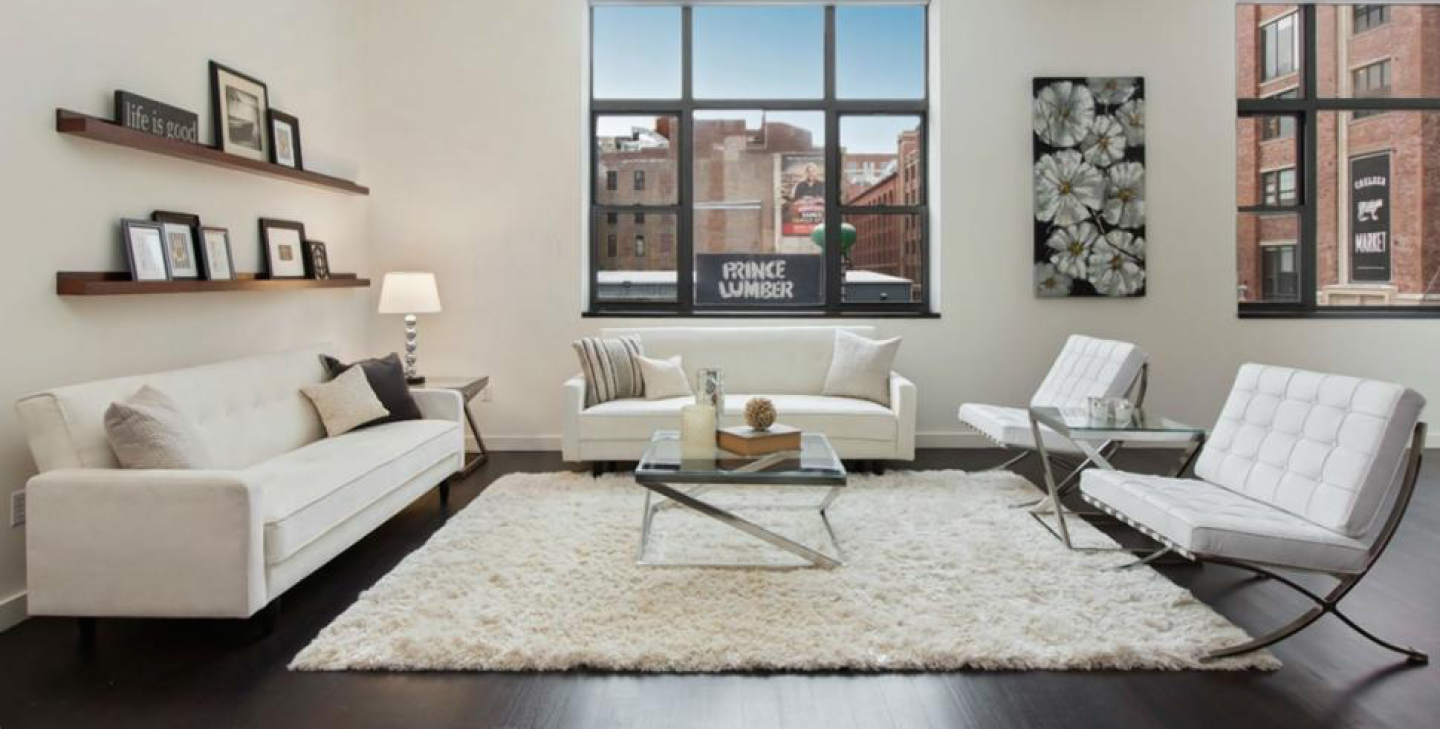 Actors Jason Sudeikis and  fiancée Olivia Wilde put are aiming for a $777,000 profit on the home they bought in 2012.
