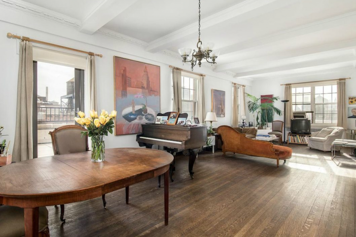 Fifth Avenue duplex belonging to Jane Freilicher