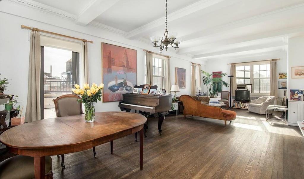 Fifth Avenue duplex belonging to Jane Freilicher