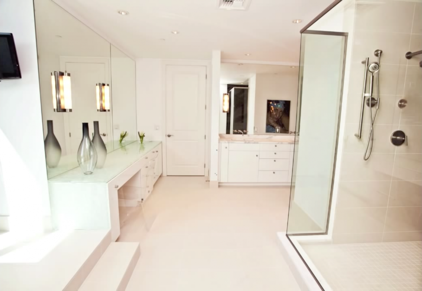Luxurious master bathroom enclosed shower