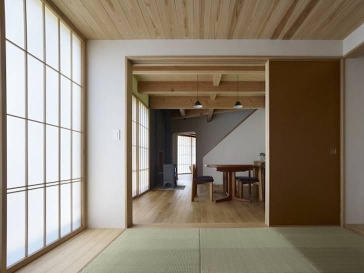 Japan Fan-Shaped House