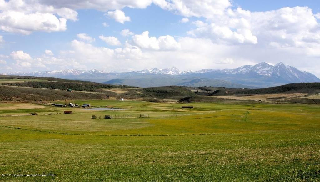 pasture-and-mt-e84cd3