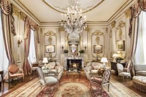 Joan Rivers Penthouse