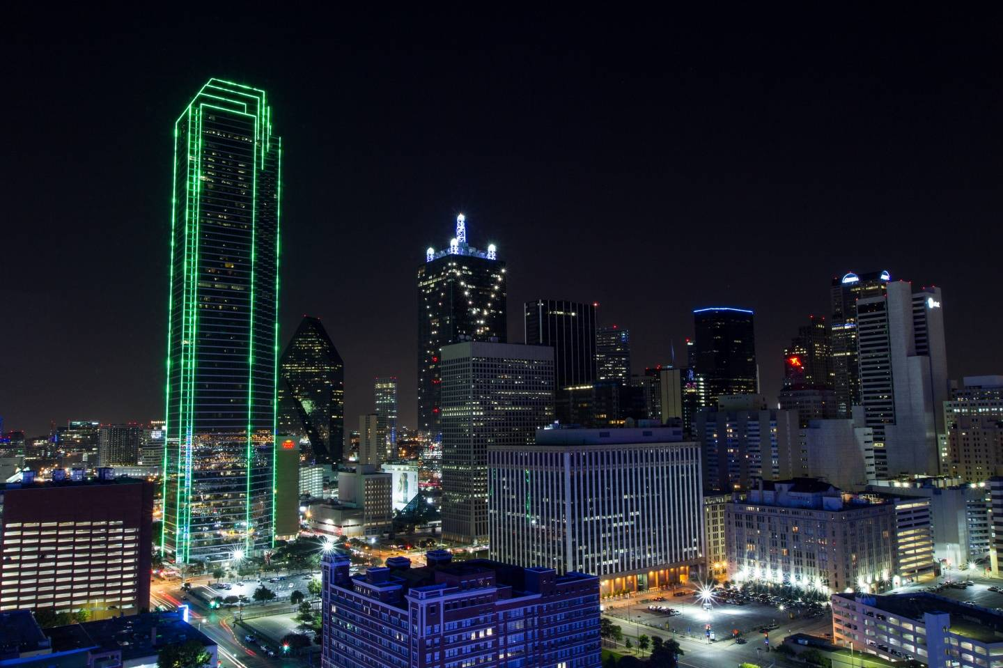 Dallas_at_Night_from_South