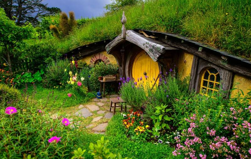 fantastic-fairytale-beautiful-dreamlike-cottages-houses-800x507