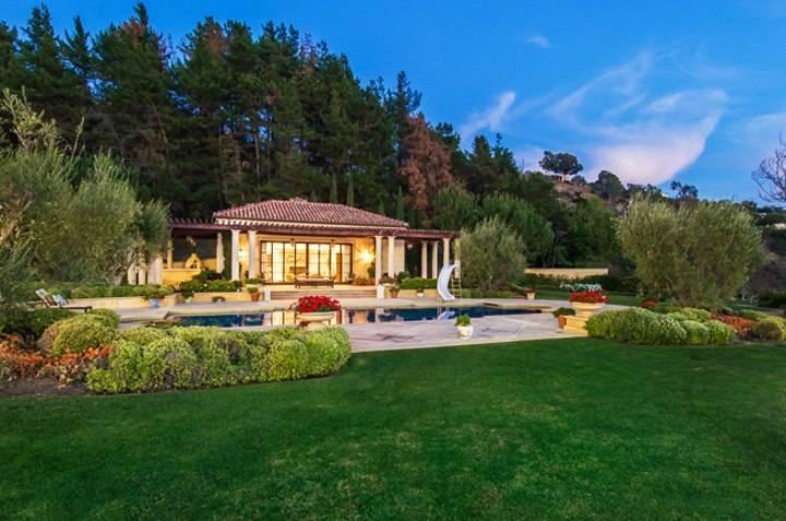 9904 Kip Drive, Beverly Hills, CA 90210