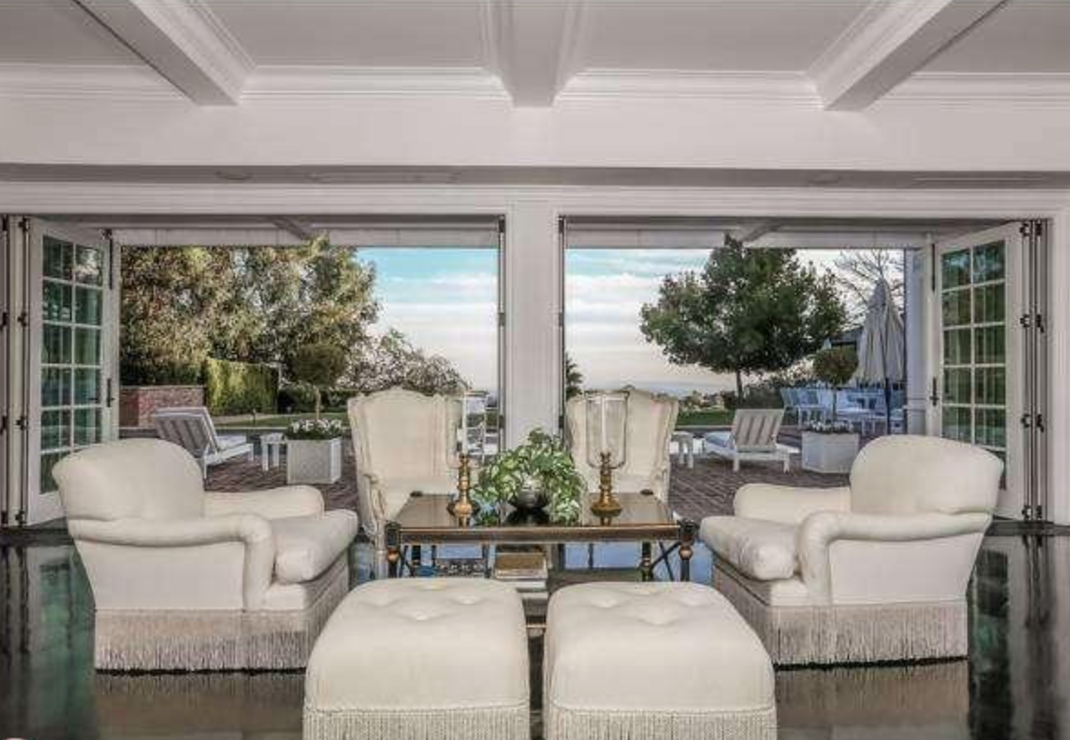 Mariah carey and nick cannon 39 s bel air mansion sells for 9m for S carey living room tour