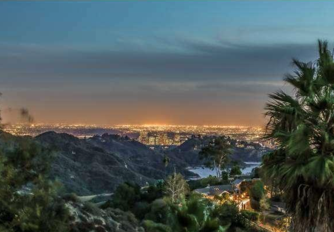 Views from the Bel Air hills include the Stone Canyon reservoir, downtown Los Angeles and the Pacific Ocean.
