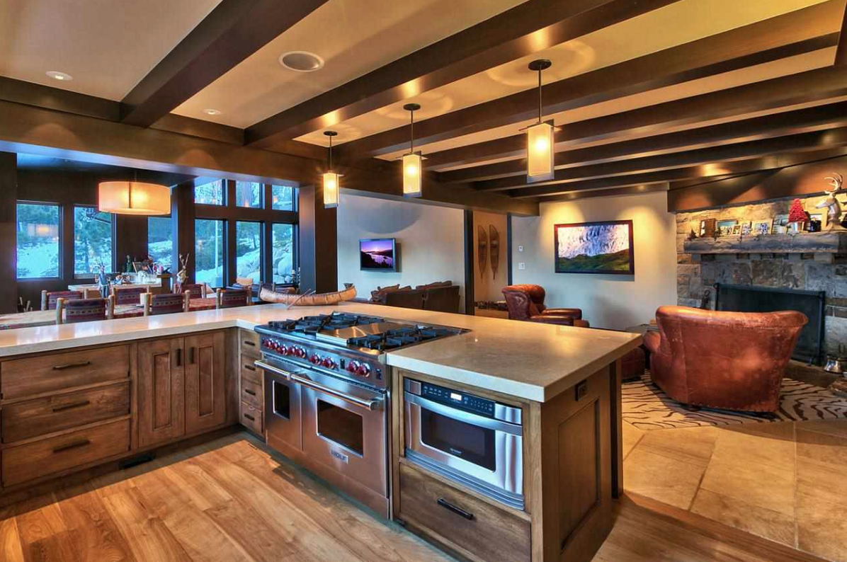 Arguably the best slope side residence in Granite Chief Estates, the 3,450-square-foot home is conveniently near Lake Tahoe.