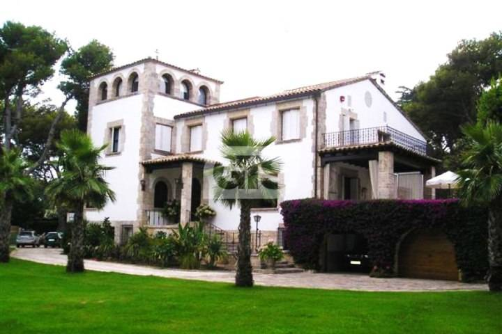 Costa Brava Estate