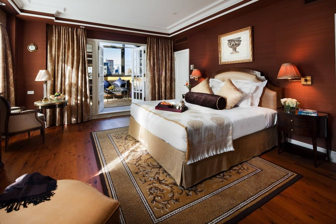 Hotel Plaza Athenee Penthouse Bedroom