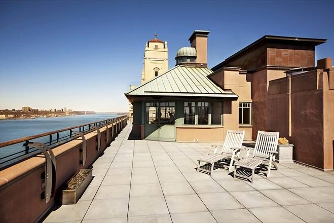 The Clarendon Penthouse Roof Deck